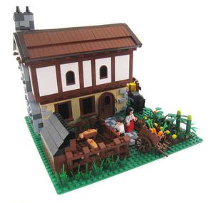 Medium castlehouse1